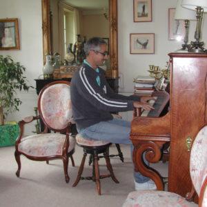 Louis au piano